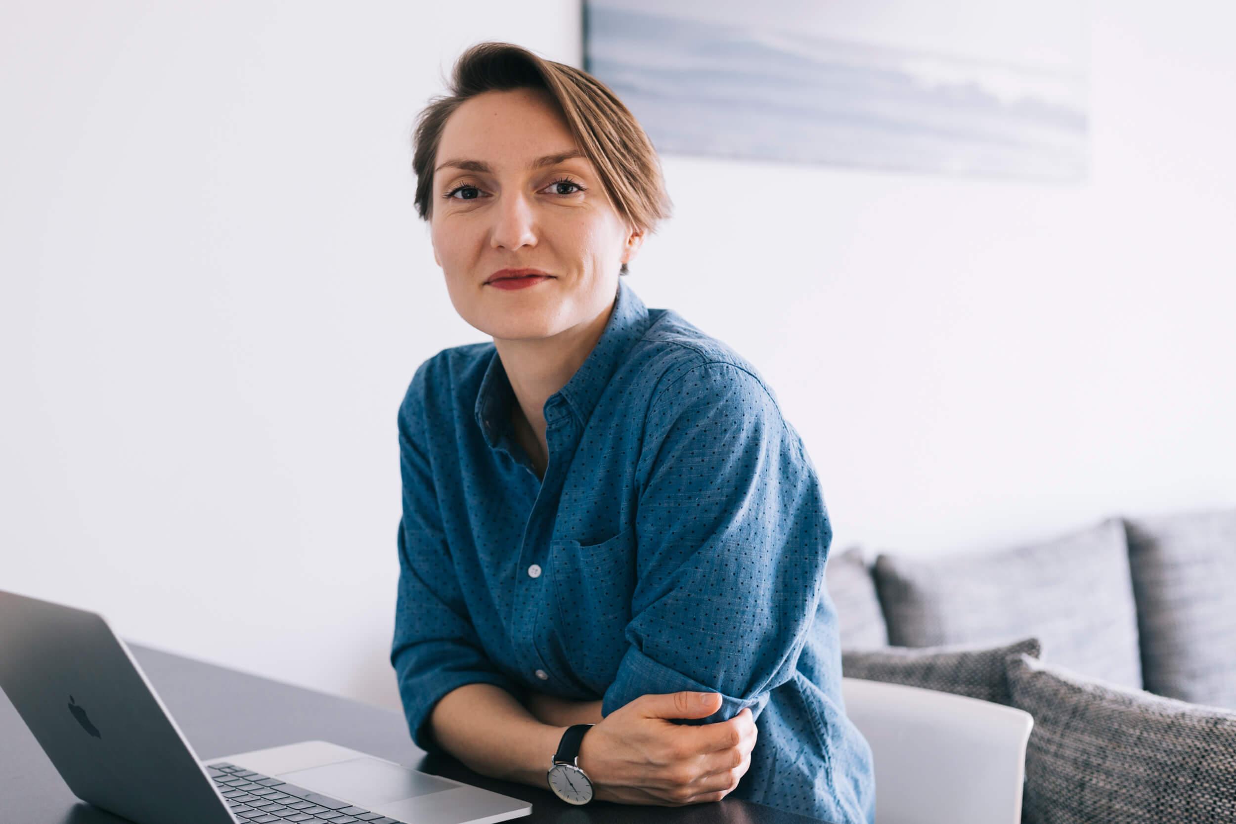 Ewelina Muc - twórczyni materiałów edukacyjnych o tym, jak założyć skuteczną stronę internetową